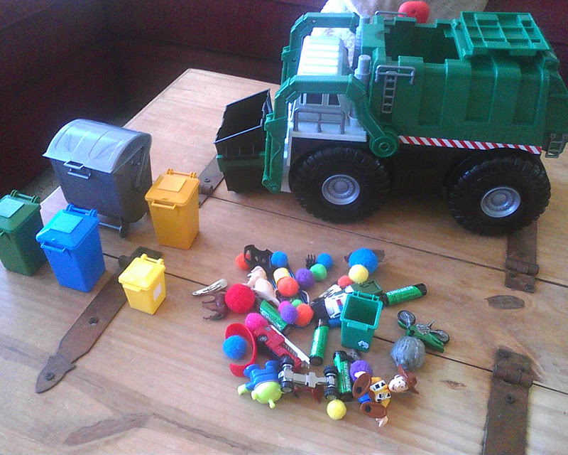 The Stevenson Family  Fridays   Trash Pick Up Day   Garbage Trucks