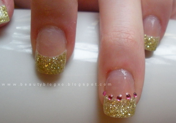 Drop Dead, Gorgeous: DIY: Acrylic Nails At Home - Gold Glitter
