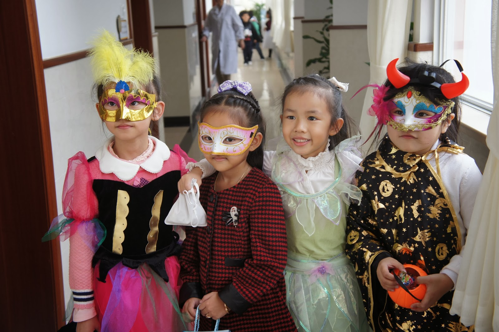An American Girl in Shanghai: How to Survive an Elementary School ...
