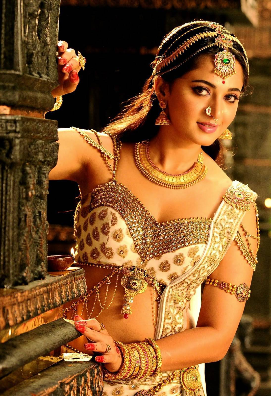 Anushka New Stills From Rudramadevi Movie