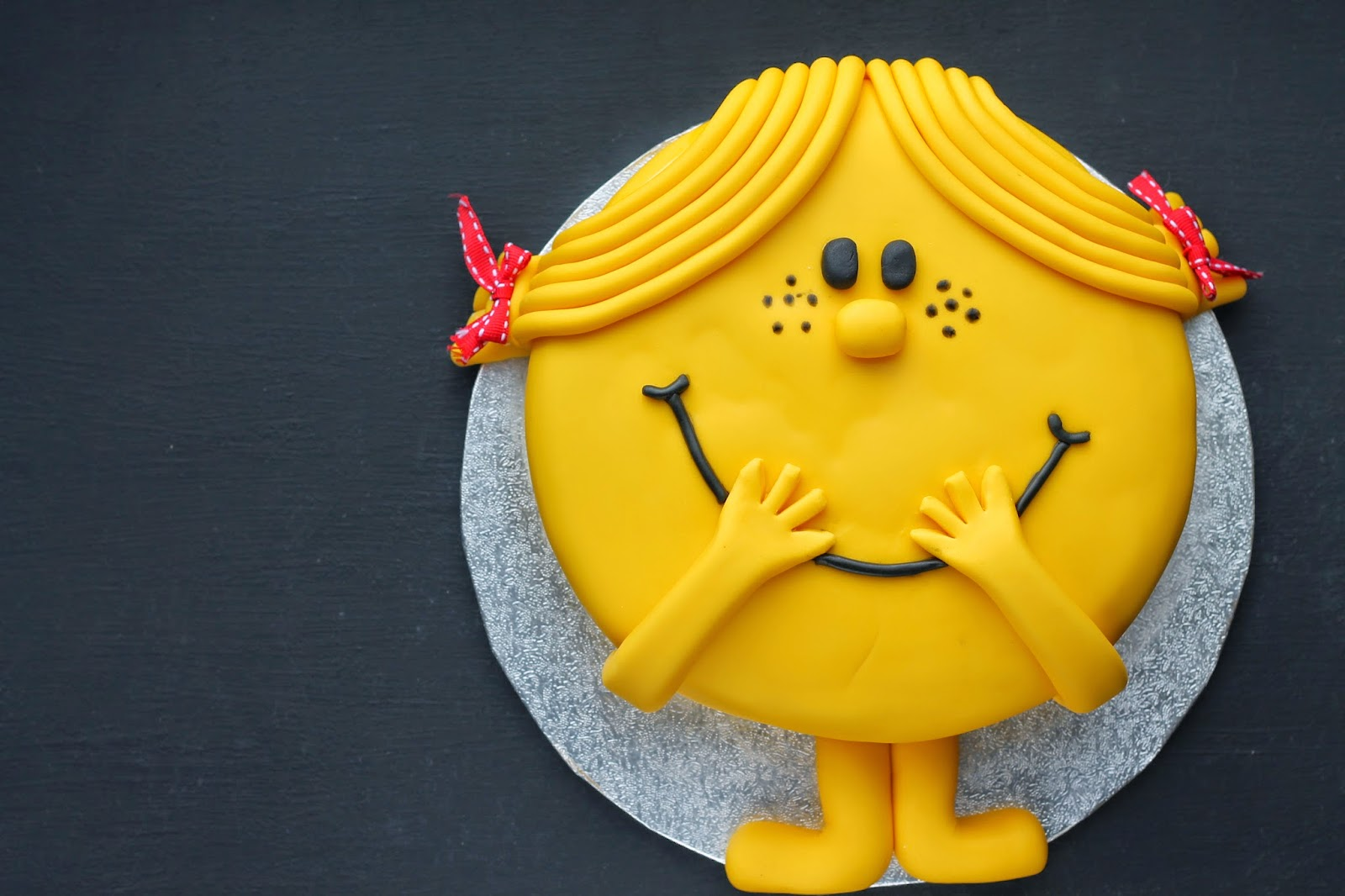 Little Miss Sunshine Cake Tutorial