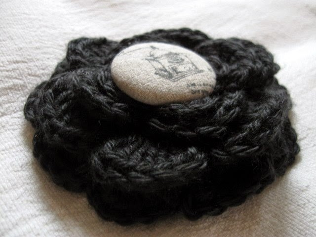 https://www.etsy.com/listing/216204383/crochet-infinity-hooded-brooch-scarf?ref=shop_home_active_1