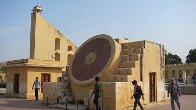jaipur-observatorio-astronomia-02