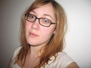 Tips Memilih Bingkai Kacamata Sesuai Bentuk Wajah