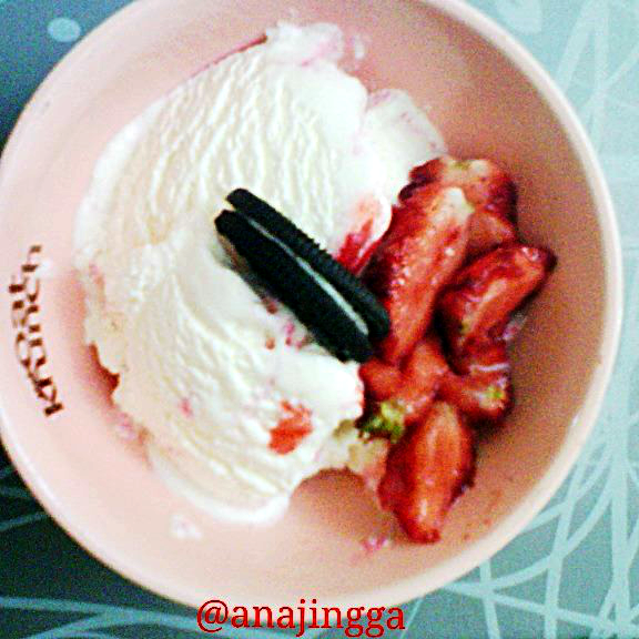 aiskrim, strawberi,oreo
