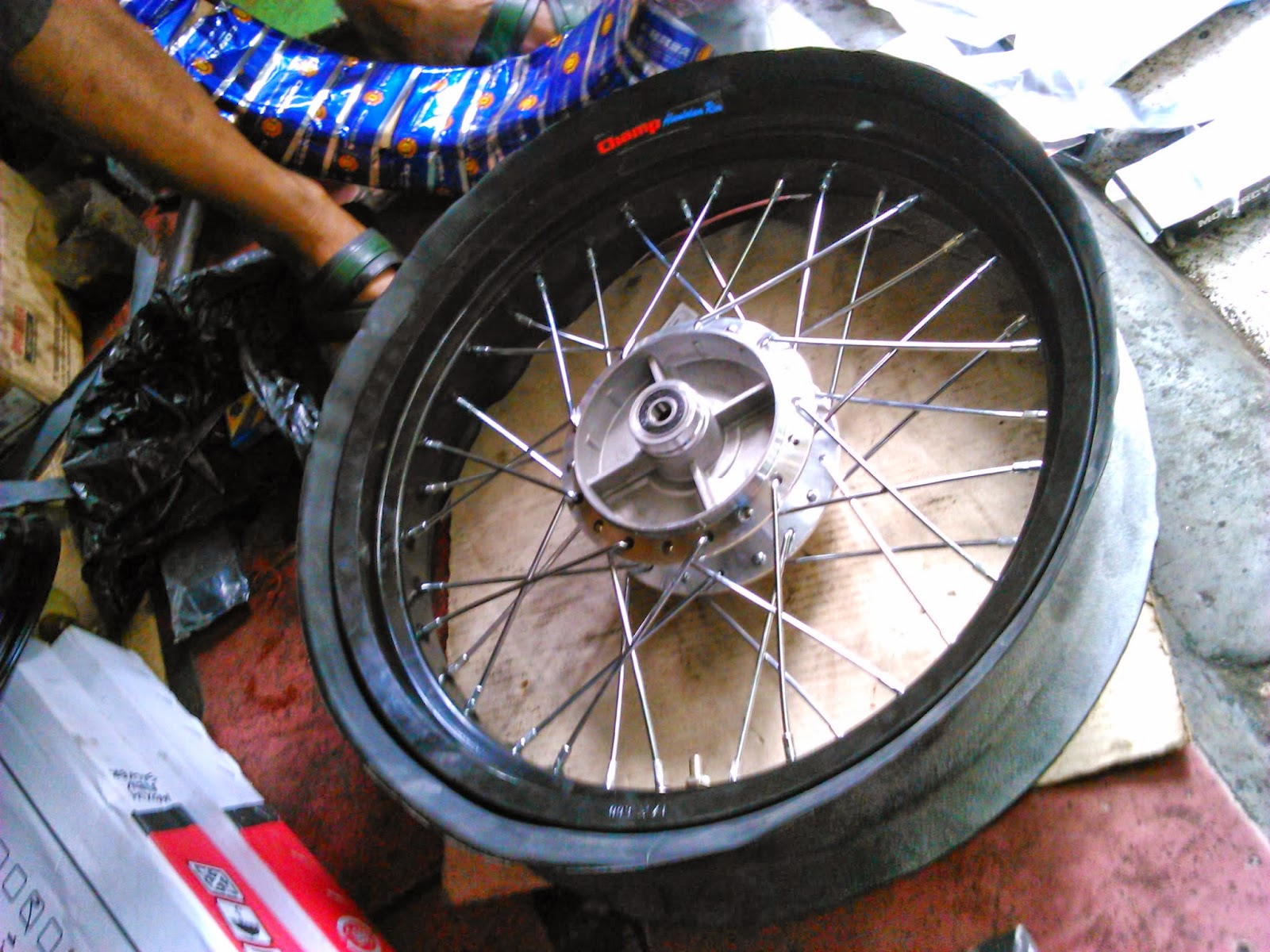 share the story -: modifikasi satria fu : velg jari-jari tapak