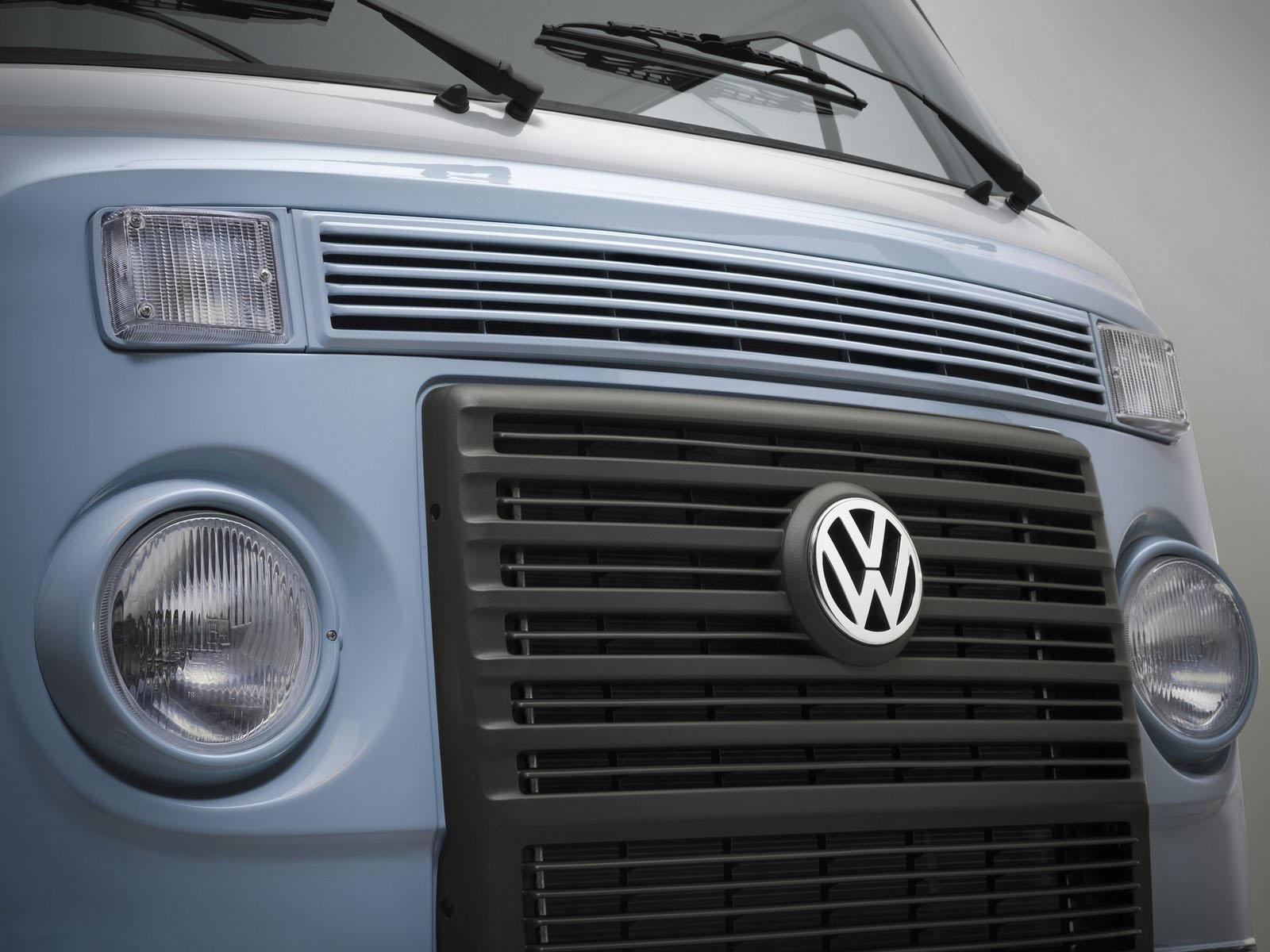 novo Volkswagen Kombi edição especial 2014 dianteira grade