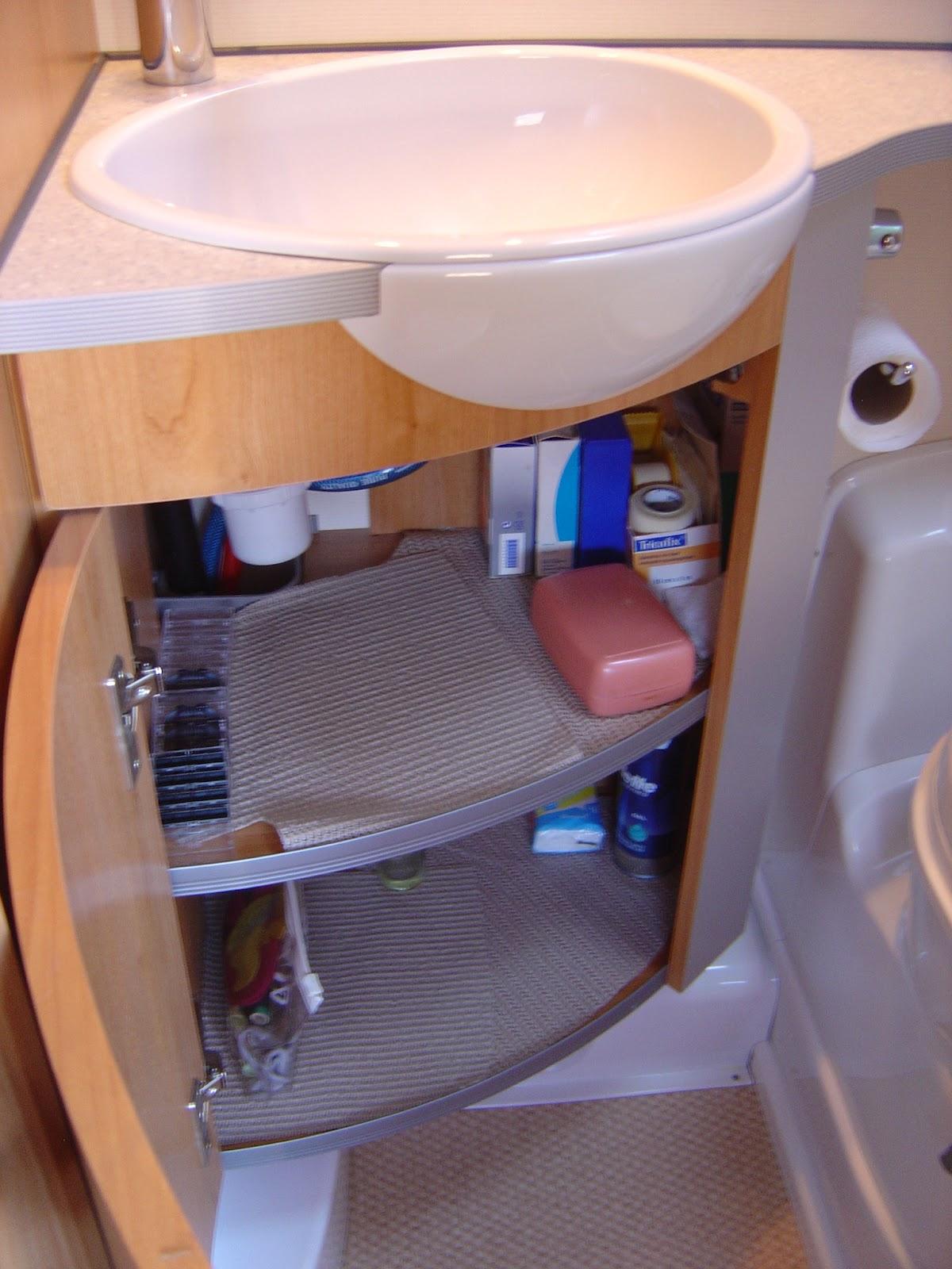 Camping Car Bavaria R69 Bavaria Vues Salle De Bain
