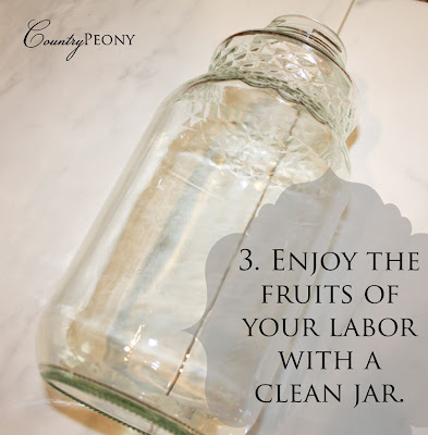 Cleaning the glue off of your jar