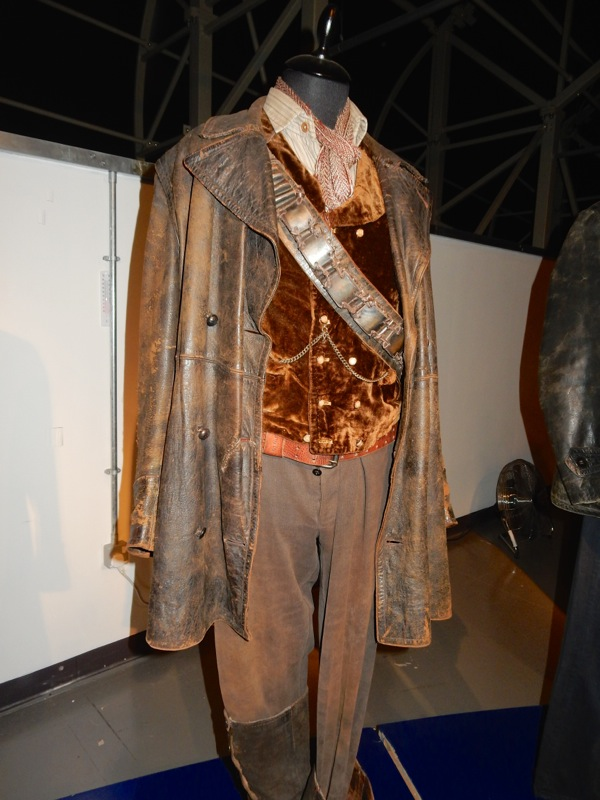 John Hurt War Doctor Who costume