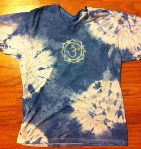 Hippie 39 s child teach yourself tie dye bleach pen and for Bleach dye shirt instructions