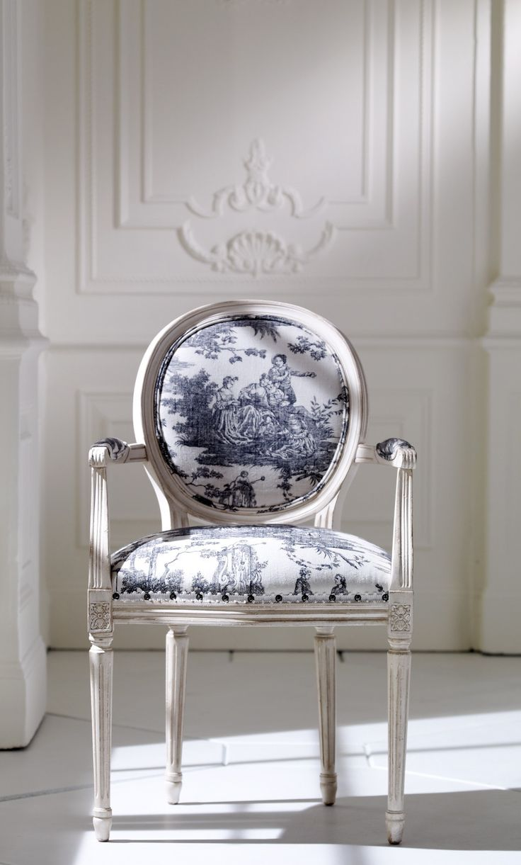 monica livas interiors toile de jouy addiction. Black Bedroom Furniture Sets. Home Design Ideas