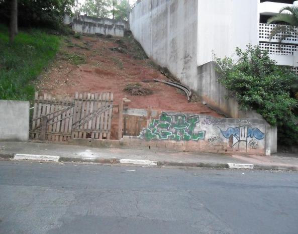 http://cidadesaopaulo.olx.com.br/terreno-pronto-para-construir-com-sondagem-feita-e-projeto-na-prefeitura-iid-718108229