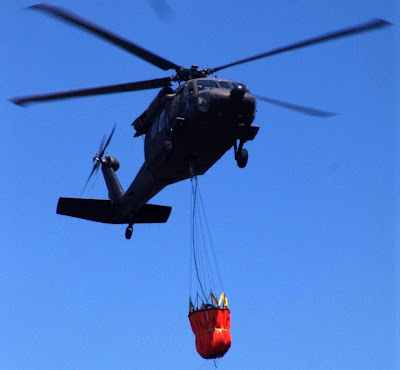 UH-60L Black Hawk de la Fuerza Aérea Colombiana Bambi Bucket