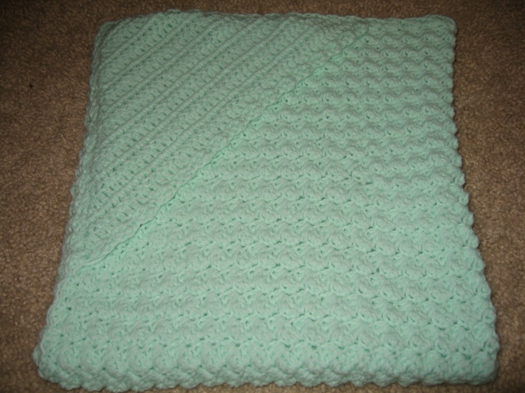 Crochet Pattern For Baby Blanket With Hood : Loess Hills Creative Crochet: Hooded Baby Blanket