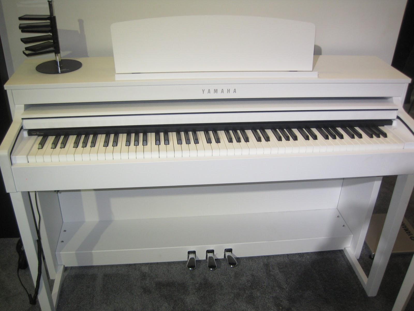 Yamaha White Digital Piano