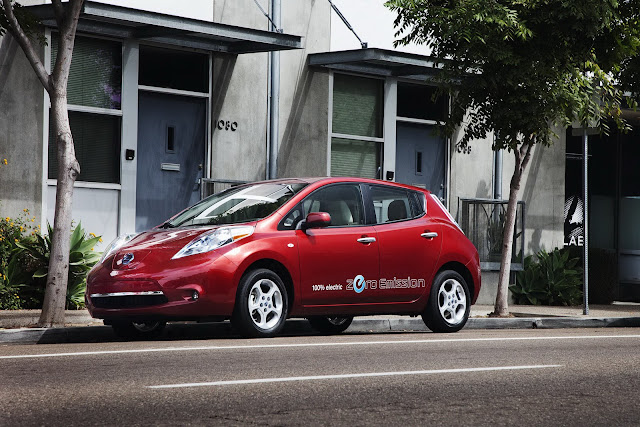 Toyota LEAF, vettura elettrica al 100 percento
