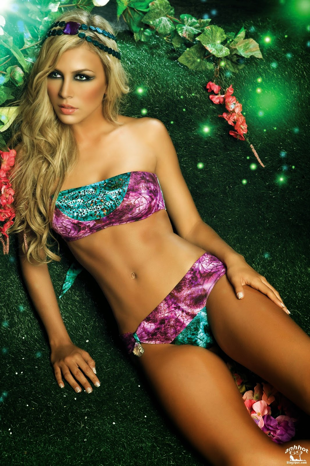 Lina-Posada-paradizia-swimwear-6