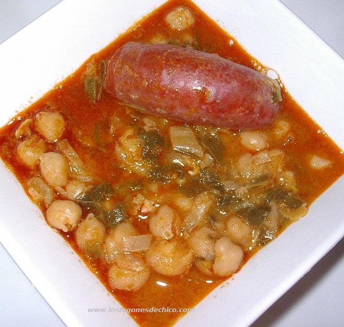 Mantel andaluz potaje de garbanzos con acelgas for Cocinar garbanzos