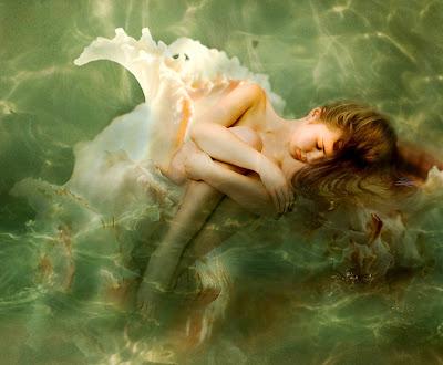 pinturas-mujeres-surrealista-oleo