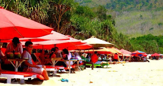 Banyuwangi andalkan pariwisata untuk meningkatkan pendapatan daerah.