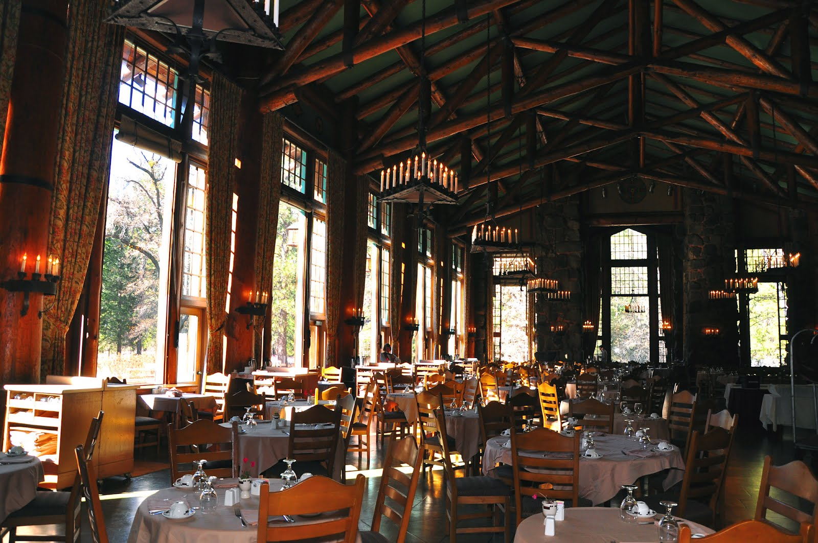 The ahwahnee hotel dining