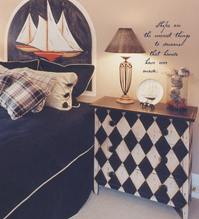 nautical-bedroom-decor-bott.jpg