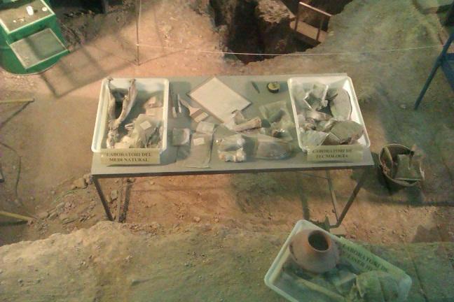 Los ojos de elendil visita minas neol ticas de gava for Trabajo en gava
