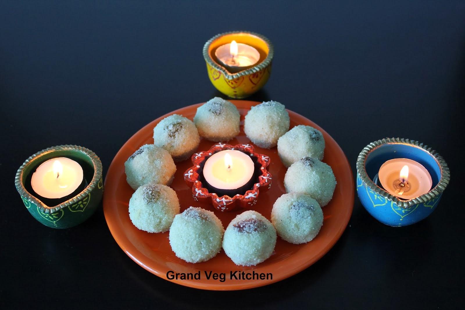 Rava Laddu/Semolina Sweet Balls