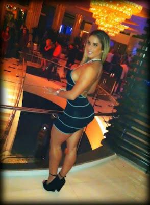 Kathy Ferreiro vestido