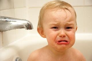 Cara Mencuci Rambut Bayi Dengan Benar