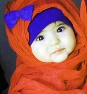 Foto bayi lucu imut berhijab muslimah