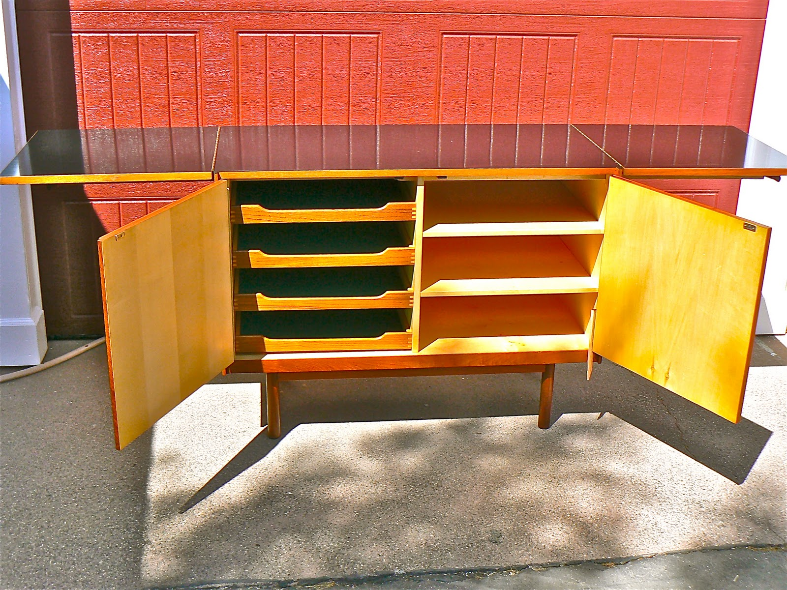 Laduke antiques and 20th century design danish modern for Ample storage