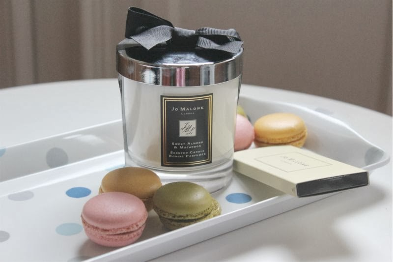 Jo Malone Just Like Sunday Sweet Almond and Macaroon Candle