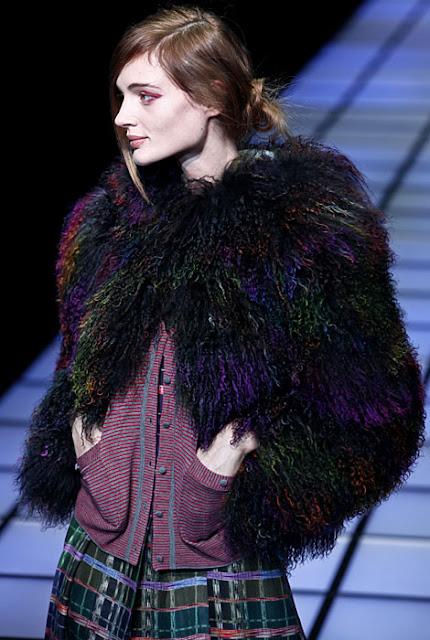 pellicce colorate Emporio Armati