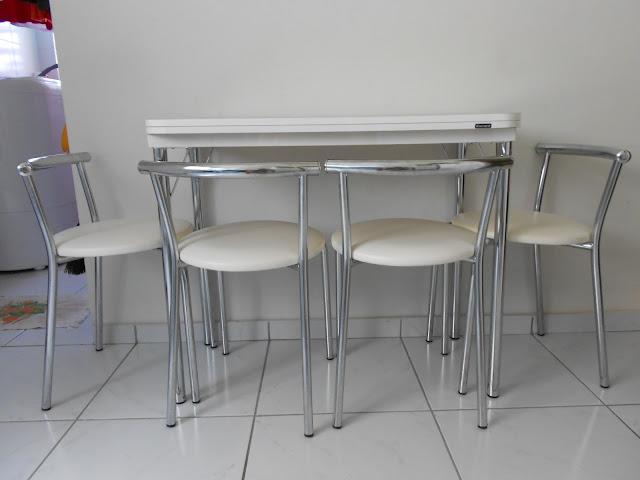 Agora sim casada mesa dobr vel uma solu o para for Mesas pequenas
