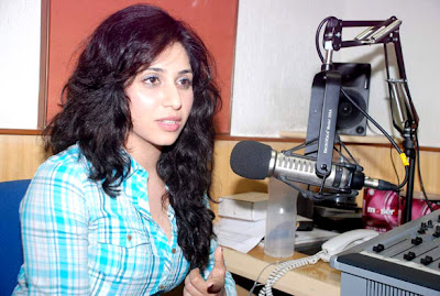 'Life Ki Toh Lag Gayi' promotion at 91.1 FM Radio City