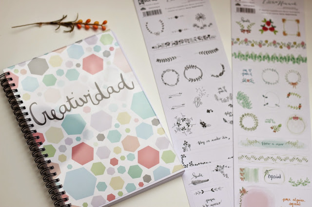 photo-little_hannah-cuaderno-pegatinas