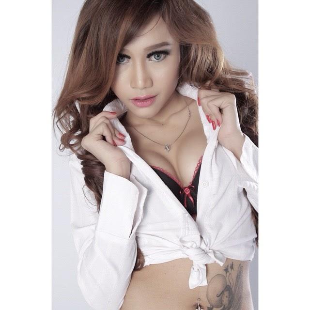Image Result For Dewi Purnama Sari Photoshoot Lingerie Terbaru