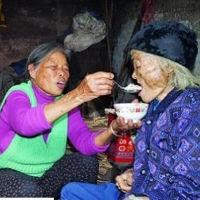 Idosa de 101 anos volta à vida durante o próprio funeral