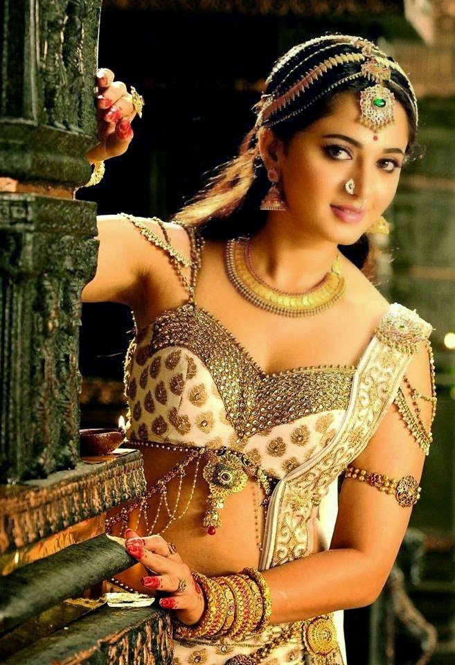 Rudhramadevi Aushka New Look Photo