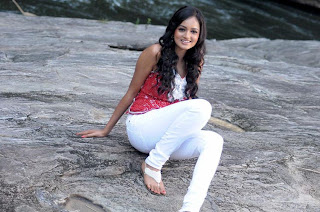 Shanvi in White Jeans