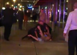 hombre desnudo ataca como ninja a los policias en ee.uu