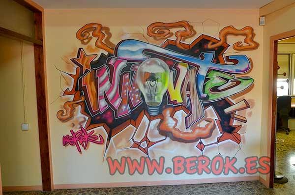 Graffiti en oficina de eventos ITB dmc