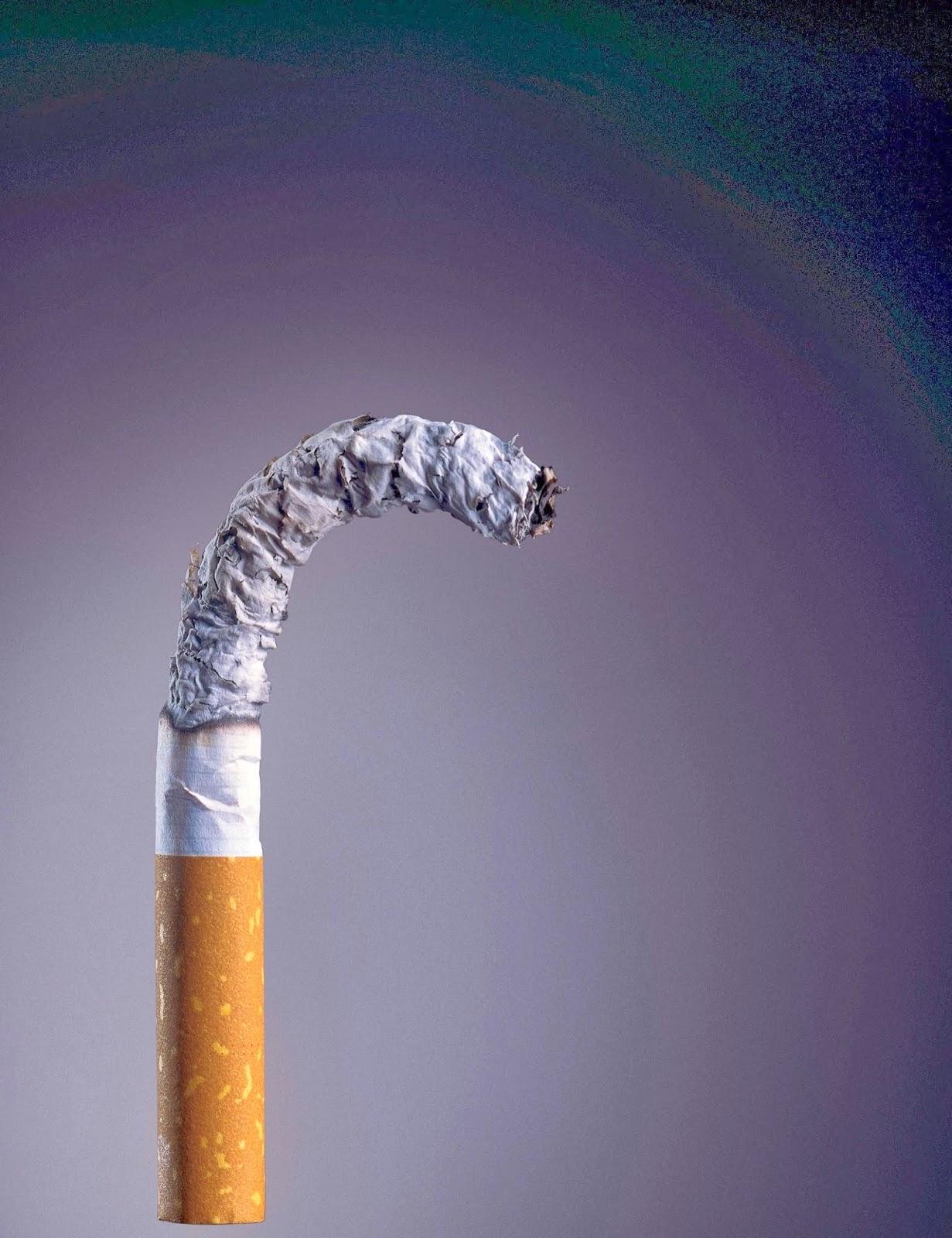 O Ministério da Saúde adverte: FUMAR CAUSA IMPOTÊNCIA SEXUAL.