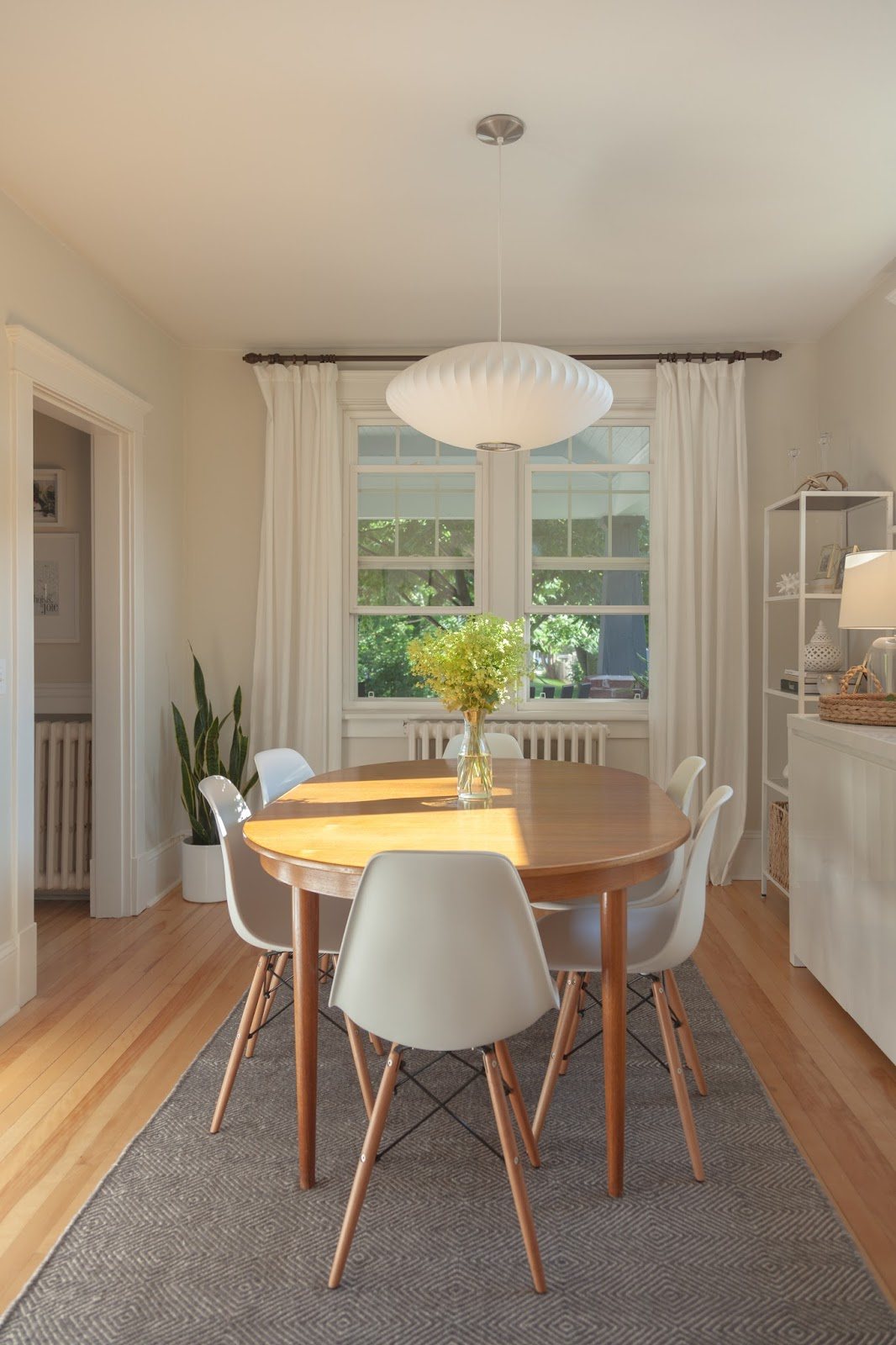 Modern jane light and bright dining room for Bright dining room ideas