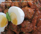 Moroccan Kefta Tagine with Tomato and Eggs!