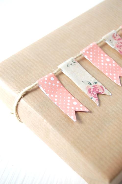 regalo envuelto papel kraft