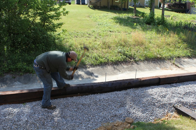 Landscaping Leveling Yard : Landscaping birmingham al a retaining wall leveling