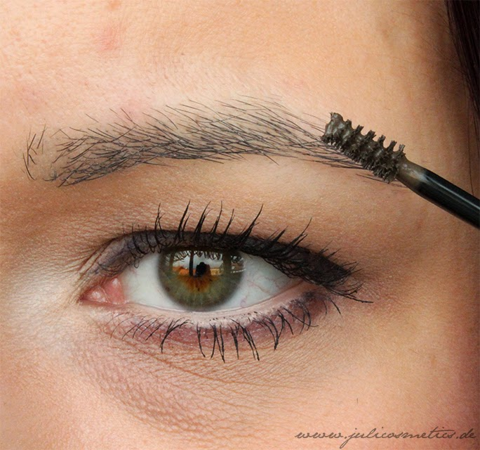 Eyebrow-Styling-Gel-p2-Swatch